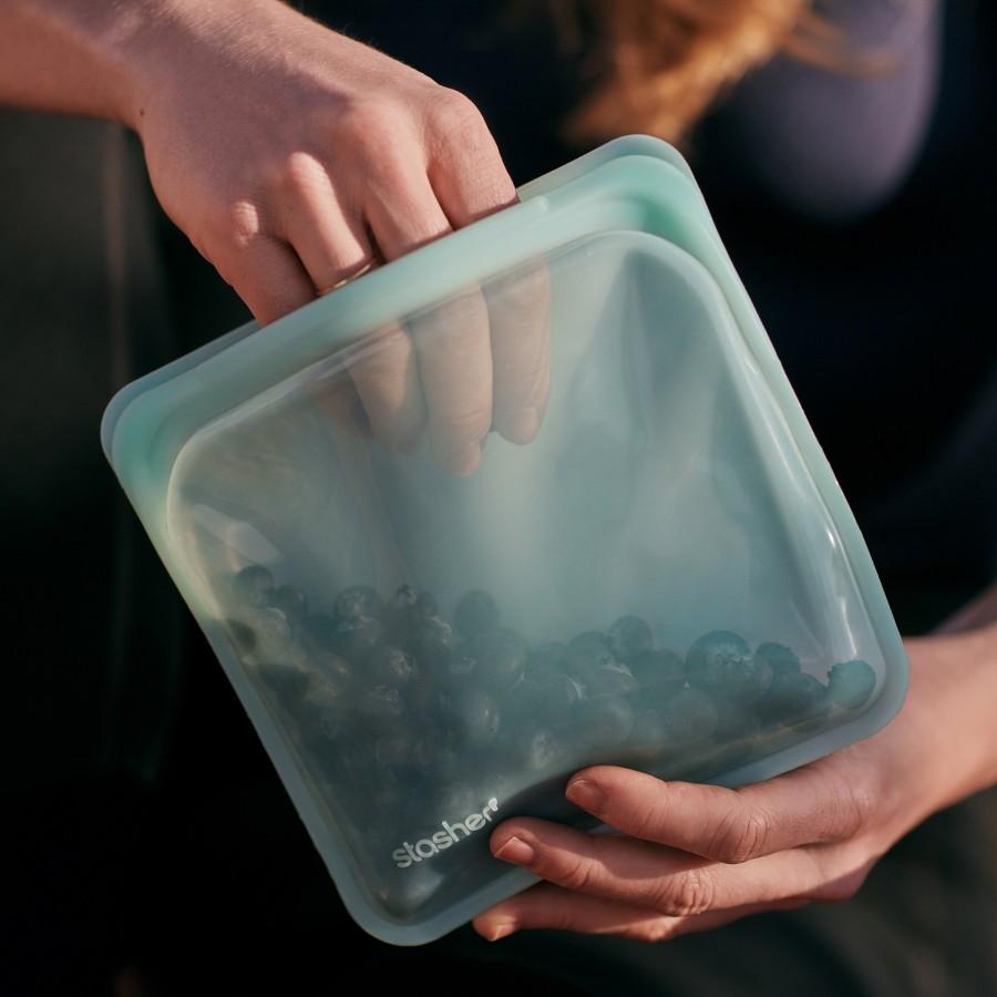 """Daugkartinio naudojimo silikoninis stasher sumuštinių maišelis """"Mojave Sky"""""""